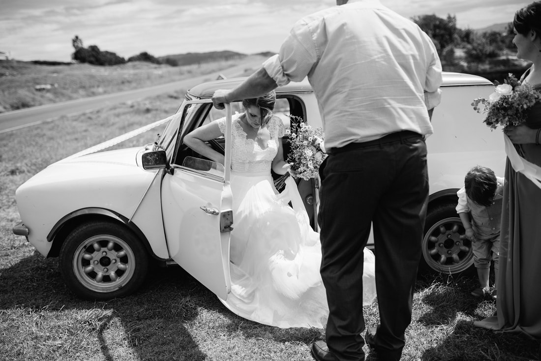Suzy & Alan, Mahia Beach Wedding, Hawke's Bay | meredithlord.com