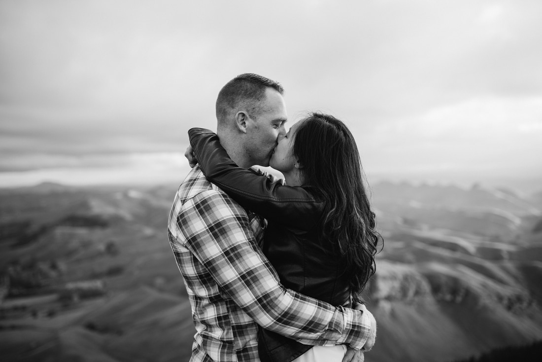 Stacey & Chris - Engagement Session, Te Mata Peak, Hawke's Bay | www.meredithlord.com