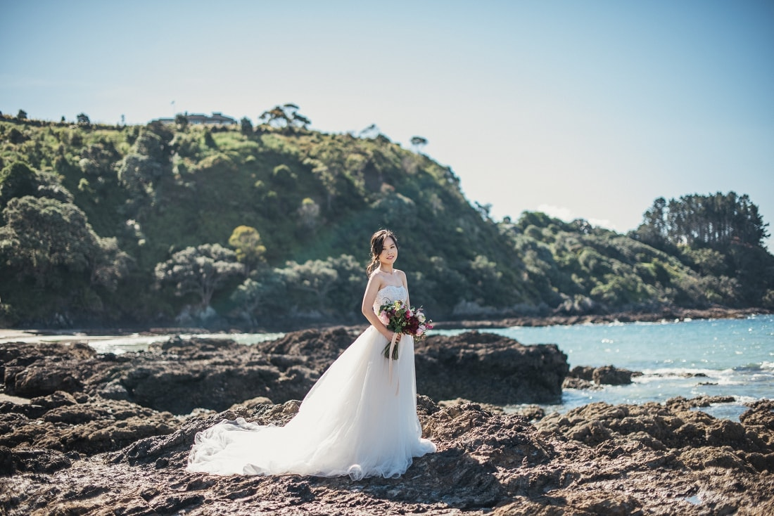 Mei & Joshua - Waiheke Island Pre-Wedding, New Zealand | www.meredithlord.com