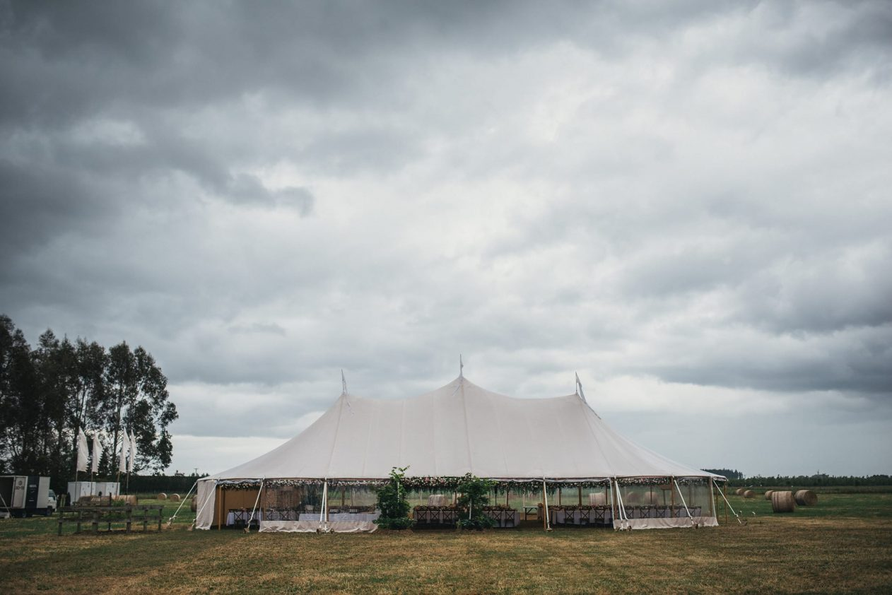 Nicola & Ben - St Matthew's Church & Family Farm, Hawke's Bay Wedding | www.meredithlord.com